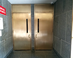 courthouse-metal-door-refinishing-after