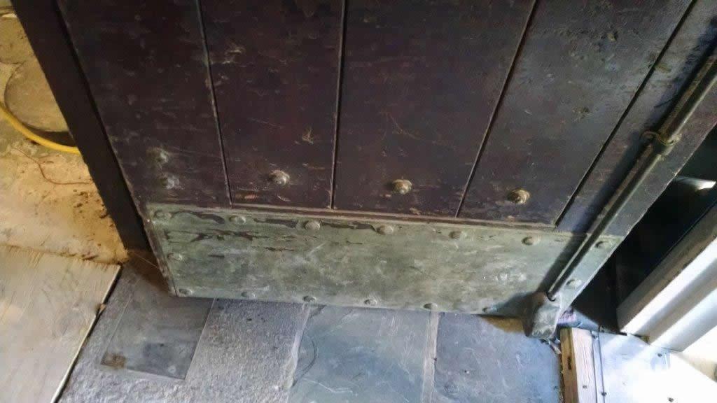 door-and-metal-restoration-new-haven-ct-2-lg